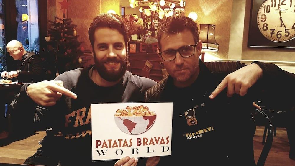 carlos-y-oscar-alaman-bravas-barcelona