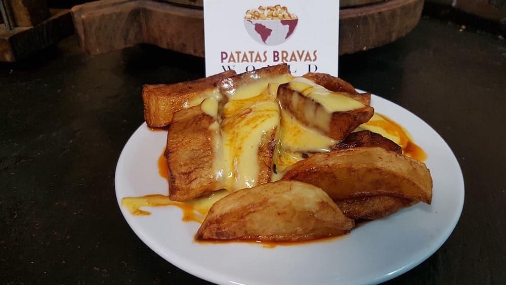 patatas-bravas-bodega-bartoli