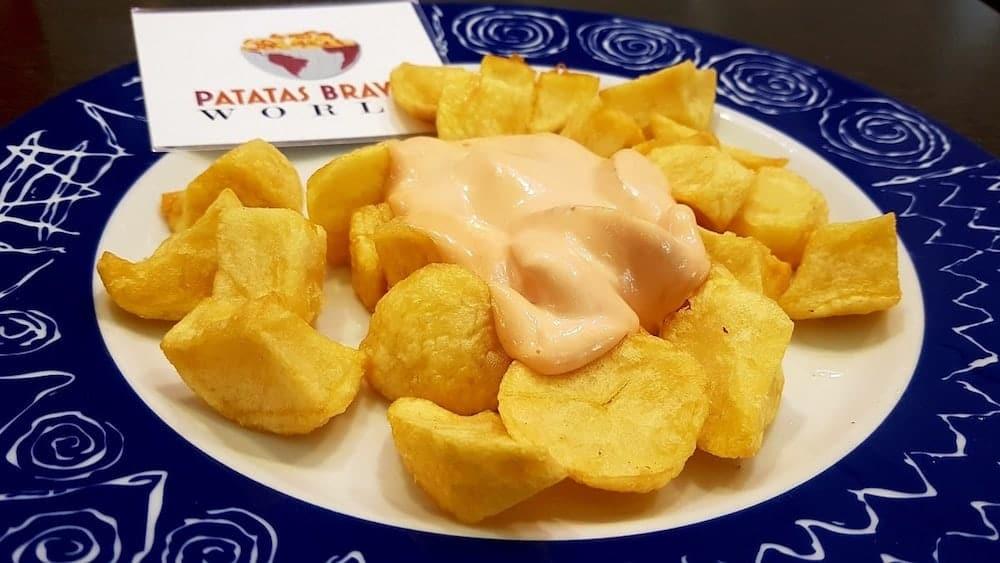 patatas-bravas-la-lobera-de-martin