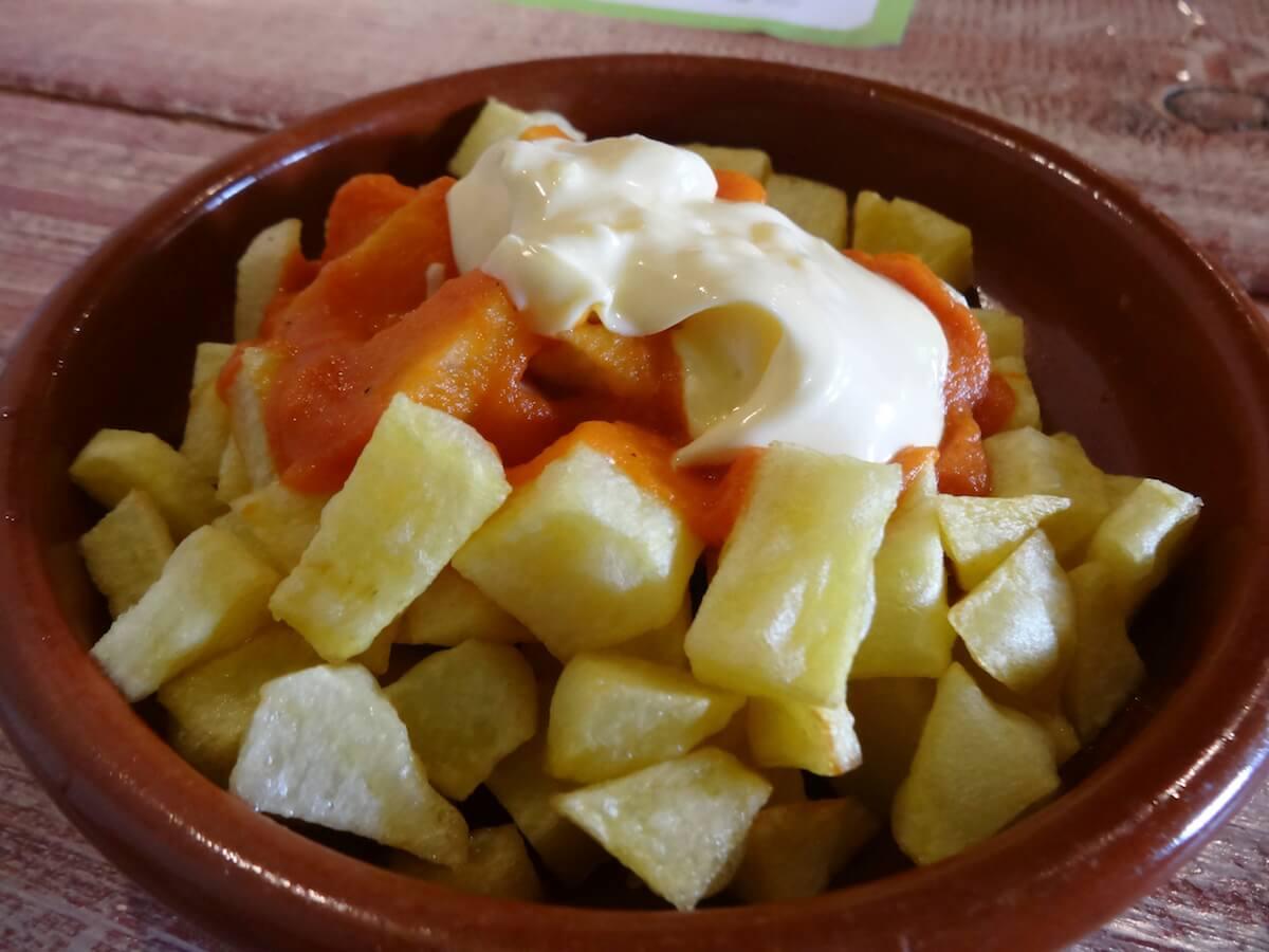 patatas-bravas-tasca-les-monges