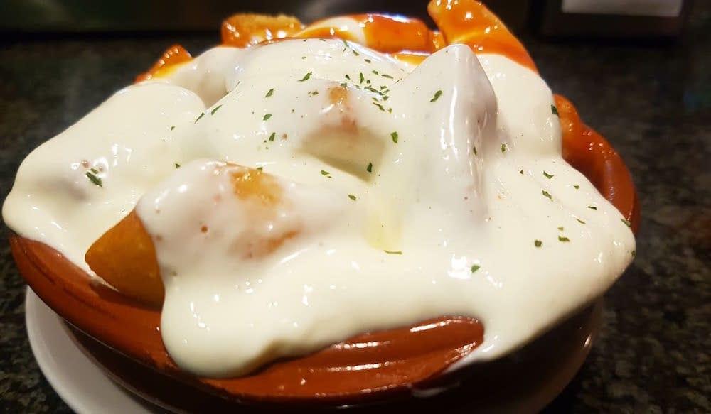 patatas-dos-salsas